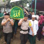 Kapolsek Karawaci Pimpin Pemakaman Korban Tsunami Selat Sunda