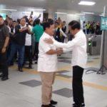 Akhirnya, Jokowi - Prabowo Berpelukan