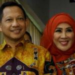 Isu Corona, Mendagri Tito dan Istri Sehat